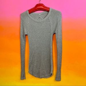 lululemon athletica • cabin yogi long sleeve 2/xs